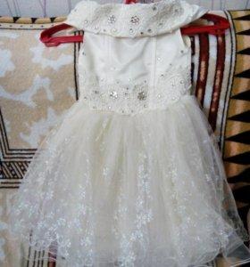Платье, 3-4 годика.
