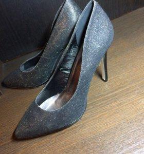 Туфли  размер больше 38.5