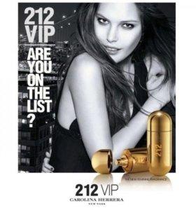 212 VIPCarolina Herrera