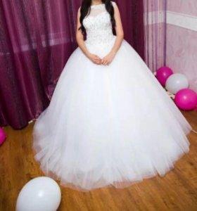 Свадебное платье,фота,туфли.