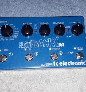 Flashback x4 педаль эффектов Delay&Looper