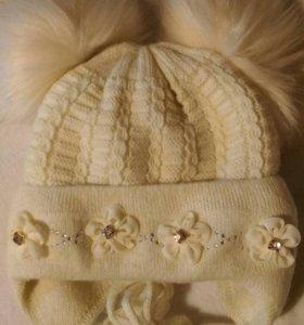Зимняя шапочка и чепчик для девочки