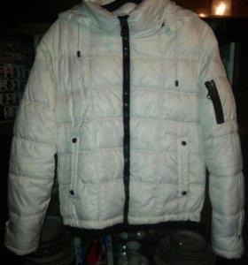 Куртка весенняя с копюшоном съемным