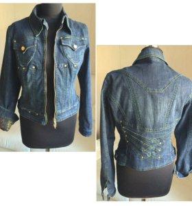 Котоновая куртка