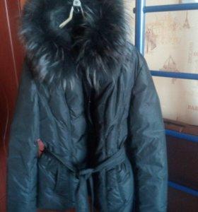 Продам куртку- пуховик