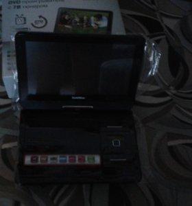 Портативный ДВД проигрыватель с ТВ тюнером