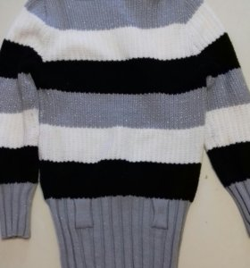 Вязаня кофта-туника