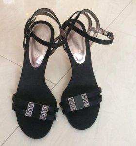 Туфли 35