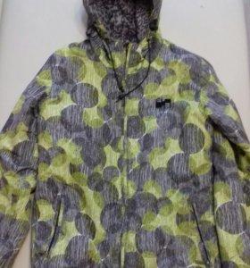 Горнолыжная куртка
