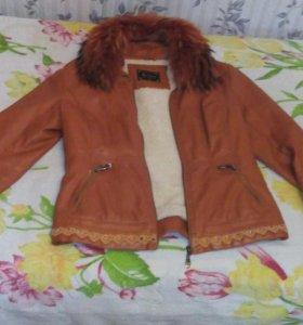Курточка кожанная с натуральным мехом