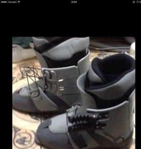 Ботинки горнолыжные 41р-р