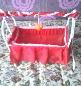 Детская, игрушечная кроватка.