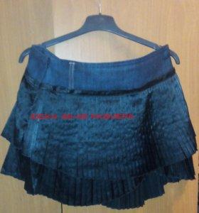 Костюм чёрный праздничный жакет+юбка