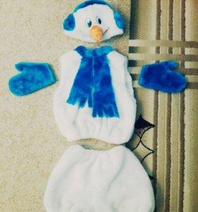 Карнавальный новогодний костюм снеговика( прокат)