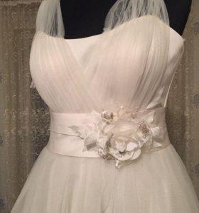 Свадебные платья новые продаю торг