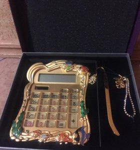 Подарочный калькулятор с камнями сваровски.