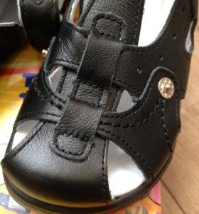 Новые сандалии Тотто 27 28