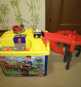 Детский конструктор Mega blocks fast tracks