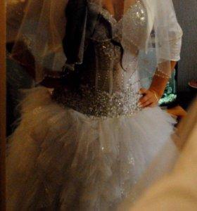 Свадебное платье и каркас на три кольца