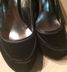 Туфли замшевые 37рр