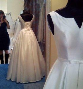 Свадебное платье с карманами, атлас