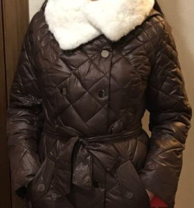 Пуховик НОВЫЙ шоколадный с нат. мехом кролика
