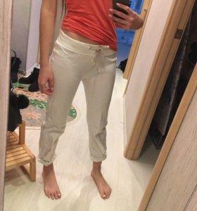 Штаны (брюки) белые спортивные