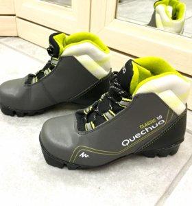Ботинки для беговых лыж детские р. 29-31 новые