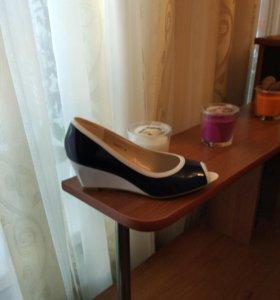Туфли,новые,лак