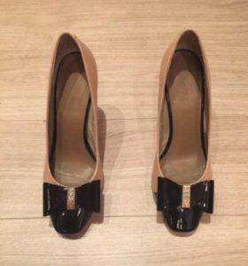 Туфли натуральный лак и кожа