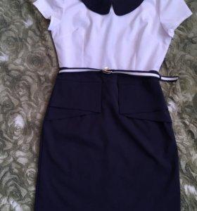 Платье  с баской спереди
