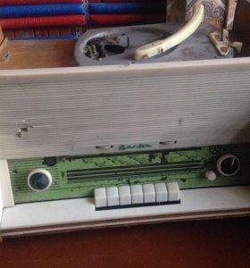 Раритет старая радиола Весна