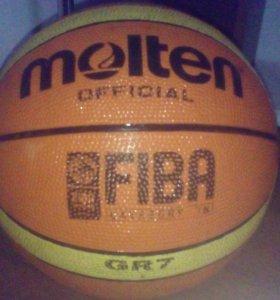 Профессиональный баскетбольный мяч