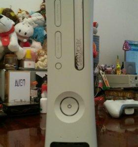 Продам игровую приставку Xbox 360.