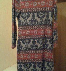 Красивое зимнее платье с оленями