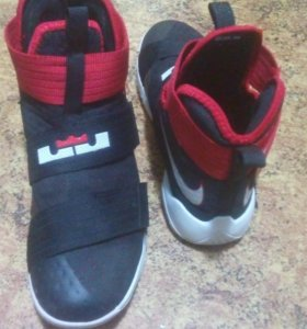 Lebron Soldier 10EP