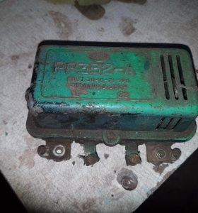 Контактно-транзисторные регуляторы напряжения