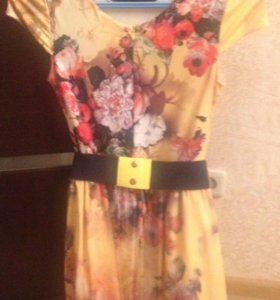 Прекрасное платье с 3д юбкой