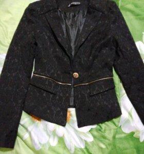 Пиджак модный