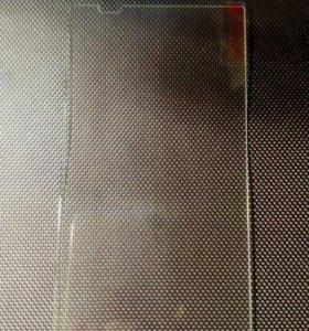 Защитное стекло на HTC Desire 820G