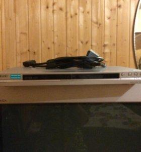 DVD  плейер.-sony