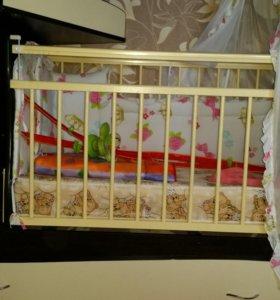 Детская кроватка,матрас