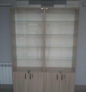 Витрина -шкаф стеклянная