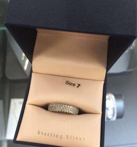 Серебряное кольцо с фианитами Contessa Di Capri