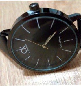 КК стильные часы