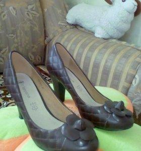 Почи новые туфельки Kari