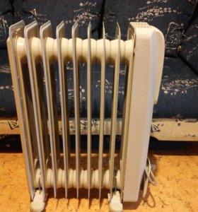 Маслянный радиатор DeLonghi GS770920