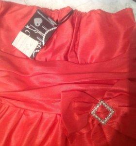 Новые вечерние платья, рост 140