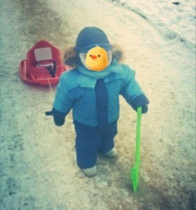 Костюм  (куртка, комбинезон, шапка, шарф) зимний