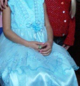 Платье и меховое балеро